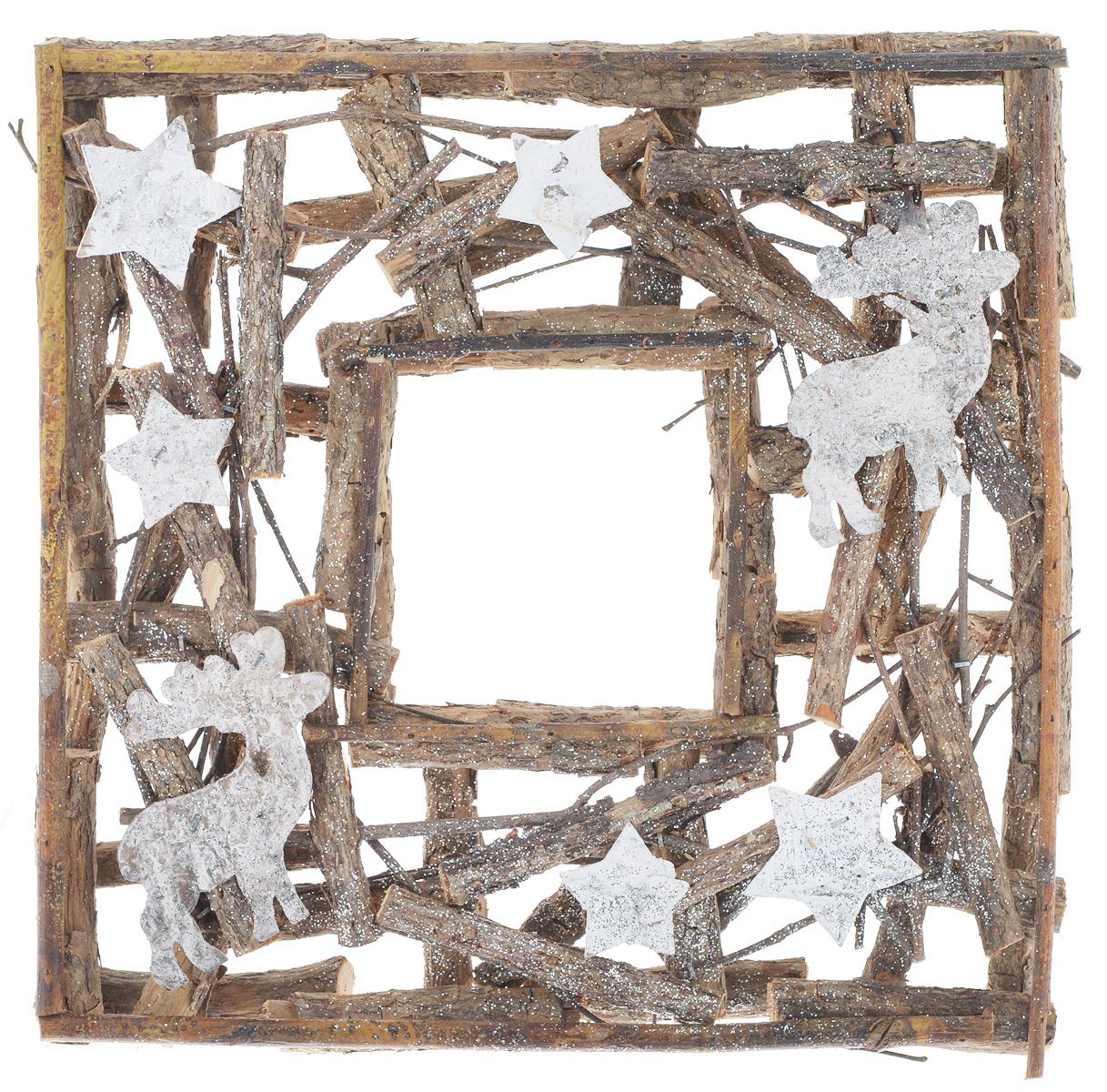 Рамка декоративная Dongjiang Art, 28 х 28 см7708947Декоративная рамка Dongjiang Art используется как основа для последующего декорирования. Изделие изготовлено из деревянного каркаса и украшено блестками. Вы можете также украсить рамку лентами, фигурками, красивыми бусинами, цветной бумагой или другими материалами. Вы получите наслаждение от творчества и удивительно красивое украшение для вашего интерьера или замечательный подарок для близких людей!