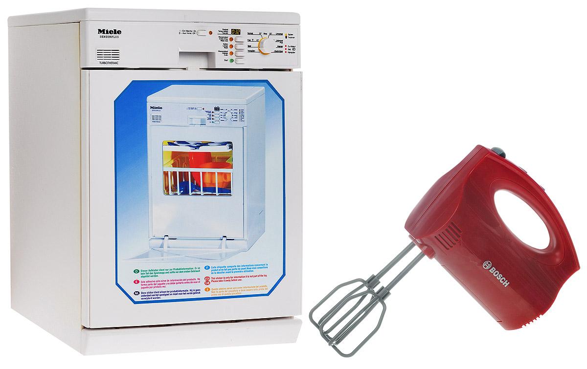 Klein Игровой набор Посудомоечная машина Miele + миксер Bosch в подарок6920ПИгровой набор Klein Посудомоечная машина Miele - это копия посудомоечной машины Miele с различными функциями: При нажатии кнопки On загорается лампочка-индикатор; Кнопки отдельных программ запускают процессы : залив воды, мойка, слив - каждый этап длится около 15 секунд и имеет свой характерный звук; При нажатии кнопки Start автоматически включается полный цикл всех программ последовательно; Заполнение водой производится через клапан на верхней крышке машины, помещается около 0,15 литров. Уровень можно контролировать через окошко на правой стороне внизу. Слив производится через шланг на задней стенке машины. Комплект посуды в наборе. Миксер в подарок! Точная копия миксера Bosch. Игрушка имитирует функции настоящего миксера. Оснащена двумя съемными насадками, которые вращаются при включении миксера. Для работы посудомоечной машины необходимы 3 батарейки типа C (не входят в комплект). Для работы миксера...