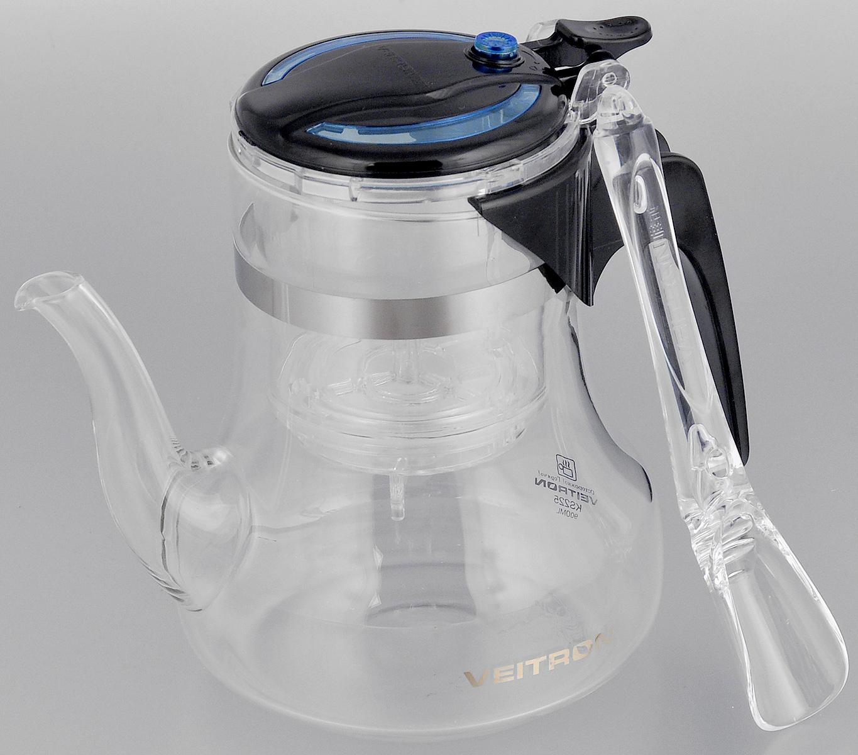 Чайник заварочный Veitron, с кнопкой, с мерной ложкой, 650 мл. KS50KS50Термостойкий заварочный чайник Veitron изготовлен из пищевых материалов, безопасных для жизни и здоровья человека и окружающей среды. Выполнен в виде кувшина с длинным носиком. Колба выполнена из высококачественного боросиликатного стекла, очень прочного и устойчивого к тепловому удару или очень высоким температурным условиям. Чайник снабжен внутренней колбой, выполненной из поликарбоната, и запатентованным съемным фильтром из термоустойчивого полимера. Ручка и крышка выполнены из поликарбоната. Чайник имеет современный и элегантный дизайн. Предназначен для заваривания зеленого, черного, цветочного чая и кофе на 2-3 персоны. Просто положите заварку в чайник, залейте кипяток, накройте крышкой, нажмите кнопку, и чай готов. Чай заваривается во внутренней колбе, а в основную сливается нажатием и удержанием кнопки. Таким образом, все чаинки остаются в фильтре. Мерная ложечка в комплекте. Диаметр (по верхнему краю): 8 см. Диаметр основания: 8 см. ...