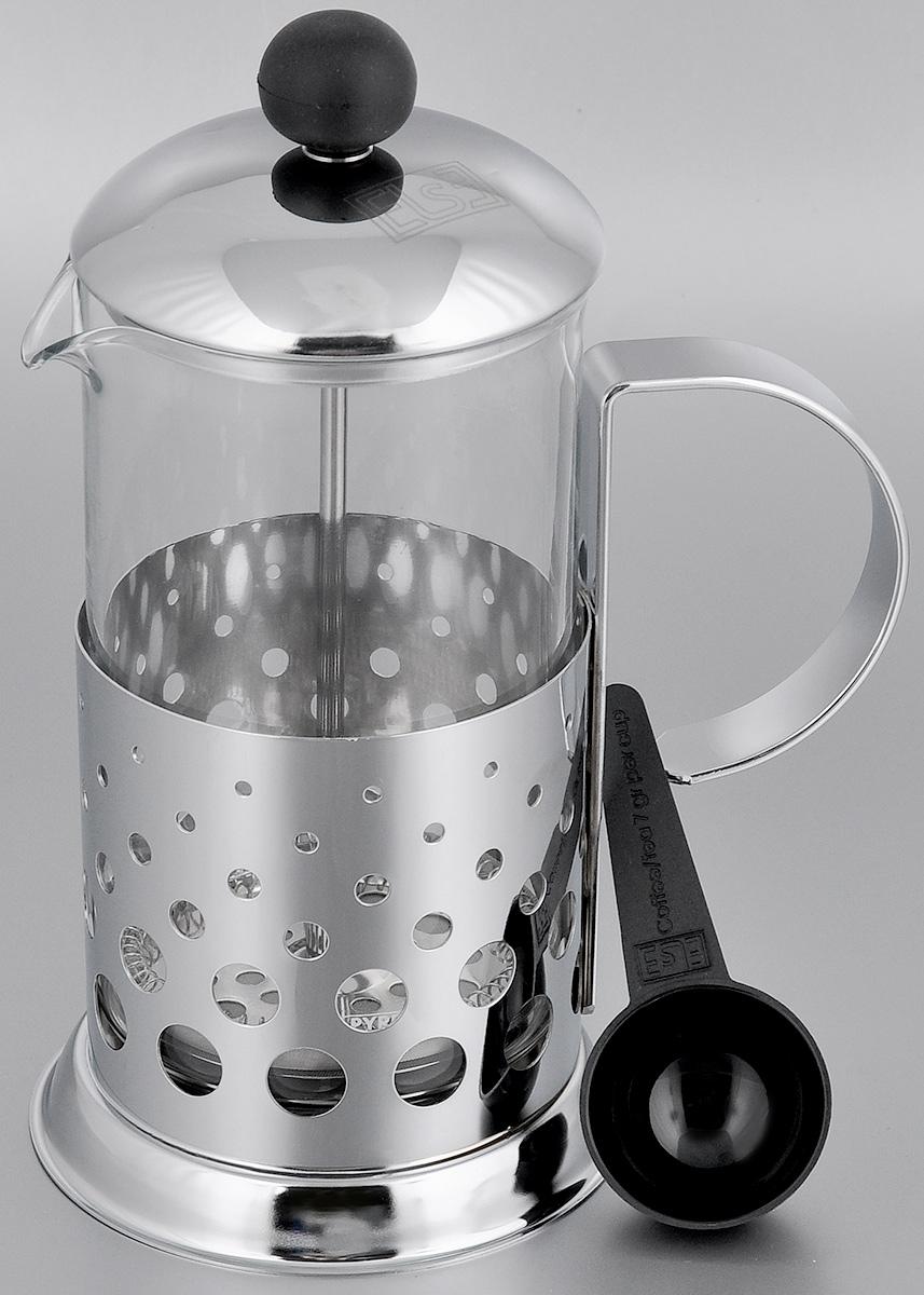 Френч-пресс Else Tokyo, с ложкой, цвет: серебристый, 600 мл1180-4Френч-пресс Else Tokyo поможет приготовить вкусный ароматный чай или кофе. Им очень легко пользоваться: засыпьте внутрь заварку, залейте водой, накройте крышкой с поднятым поршнем, дайте настояться и затем медленно опустите поршень. Таким образом напиток заваривается без чаинок. Колба изготовлена из жаропрочного стекла, устойчивого к царапинам и термошоку. Колба выполнена по технологии антикапля: верхний край и носик имеют специальный усиленный ободок, который препятствует скатыванию капель по наружной стенке чайника. Капля не падает с носика чайника, а втягивается обратно. Корпус френч-пресса выполнен из нержавеющей стали с хромированным покрытием и украшен перфорацией в виде спиралей. Точечная спайка металлических частей производится по технологии invisible, которая делает места соединения деталей незаметными. Полировка с использованием специальных паст на основе натуральных компонентов придает изделию ослепительный блеск. Идеально...