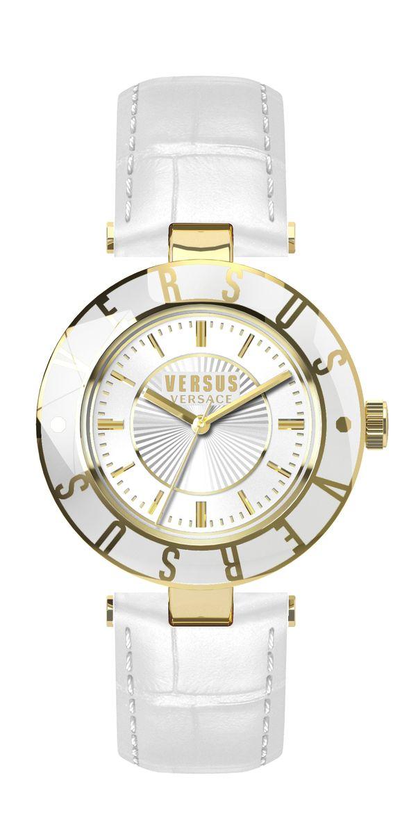 Часы женские наручные Versus Versace, цвет: белый, золотистый. SP81SP8150015Оригинальные женские часы Versus Versace выполнены из нержавеющей стали, натуральной кожи и минерального стекла. Изделие дополнено символикой бренда и ремешком из натуральной кожи с тиснением под рептилию. Корпус часов выполнен из нержавеющей стали, дополнен минеральным стеклом и имеет степень влагозащиты равную 3 atm. Ремешок дополнен практичной пряжкой, которая позволит моментально снимать и одевать часы без лишних усилий. Часы поставляются в фирменной упаковке. Часы Versus Versace подчеркнут изящность женской руки и отменное чувство стиля у их обладательницы.