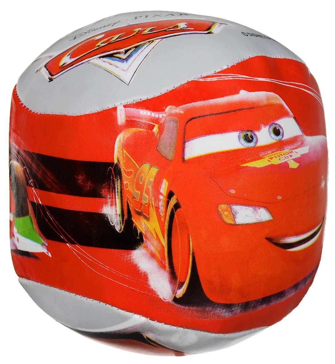 John Мяч Cars Lightning McQueen52837_красный, серыйМягкий детский мяч John Cars: Lightning McQueen непременно понравится вашему малышу и не позволит ему скучать. Мячик выполнен из ярких, современных, легких материалов с изображениями любимых героев из знаменитого мультфильма. Мяч предназначен для безопасной игры ребенка. Он незаменим для любителей подвижных игр и активного отдыха. Игра в мяч развивает координацию движений, способствует физическому развитию ребенка.