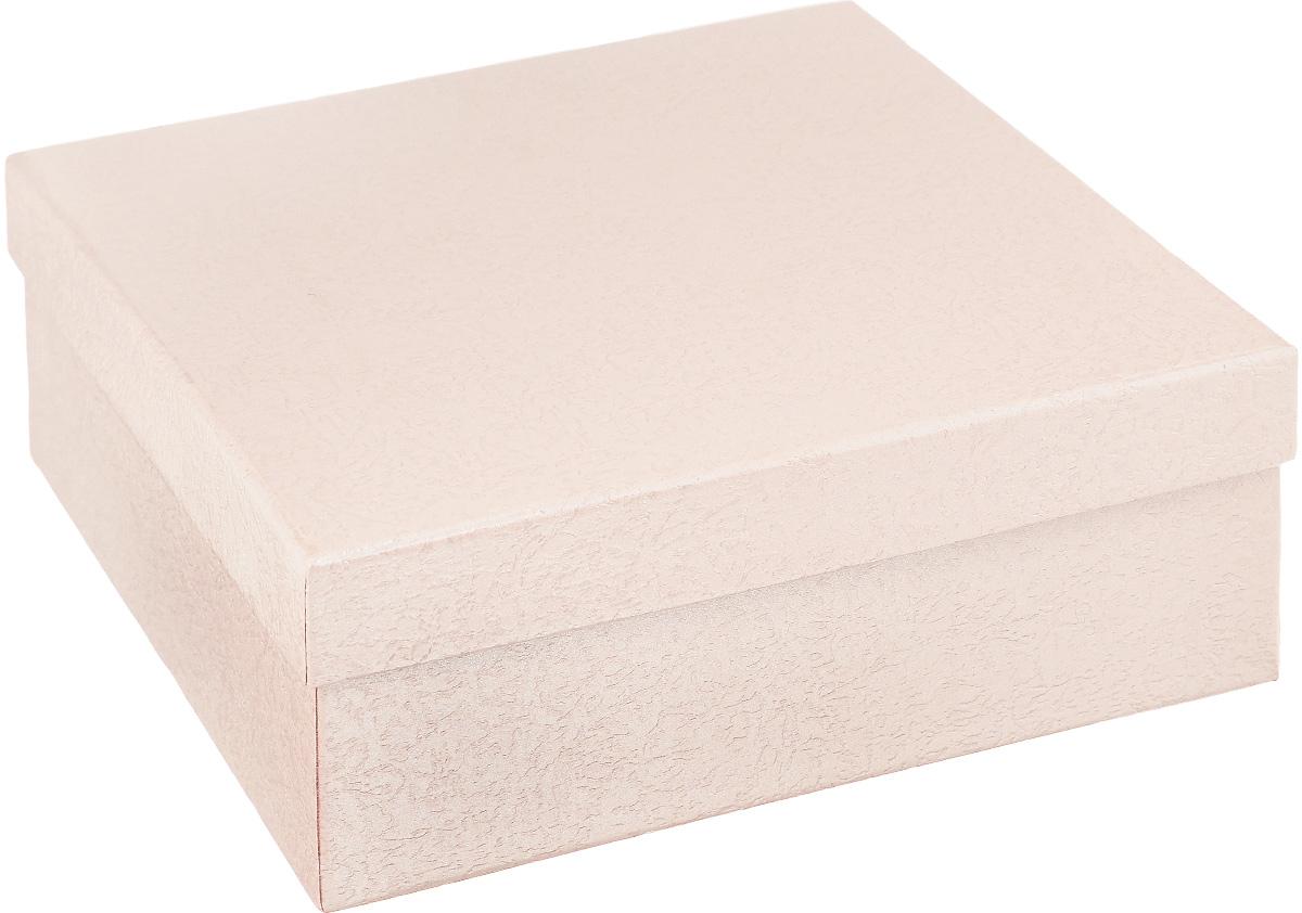 Подарочная коробка Феникс-презент, цвет: персиковый, 16 х 16 х 6,3 см36284Подарочная коробка Феникс-презент выполнена из мелованного, негофрированного картона. Коробка вместительная, закрывается крышкой. Подарочная коробка - это наилучшее решение, если вы хотите порадовать ваших близких и создать праздничное настроение, ведь подарок, преподнесенный в оригинальной упаковке, всегда будет самым эффектным и запоминающимся. Окружите близких людей вниманием и заботой, вручив презент в нарядном, праздничном оформлении.