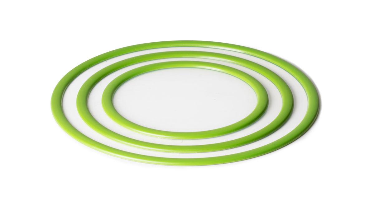 Набор крышек SiliconeZone, цвет: зеленый, 3 штSZ10-KS-11273-ADНабор вакуумных крышек SiliconeZone состоит из 3 крышек, выполненных из силикона. Они идеально подходят для накрывания мисок, чашек и других контейнеров. Крышки плотно прилегают к краям емкости, ограничивая доступ воздуха внутрь, благодаря этому продукты останутся свежими гораздо дольше. Изделия подходят для использования в микроволновой печи, духовке и посудомоечной машине. Крышки прекрасно подойдут для замораживания продуктов. Диаметр крышек: 17 см; 22,4 см; 27,7 см.