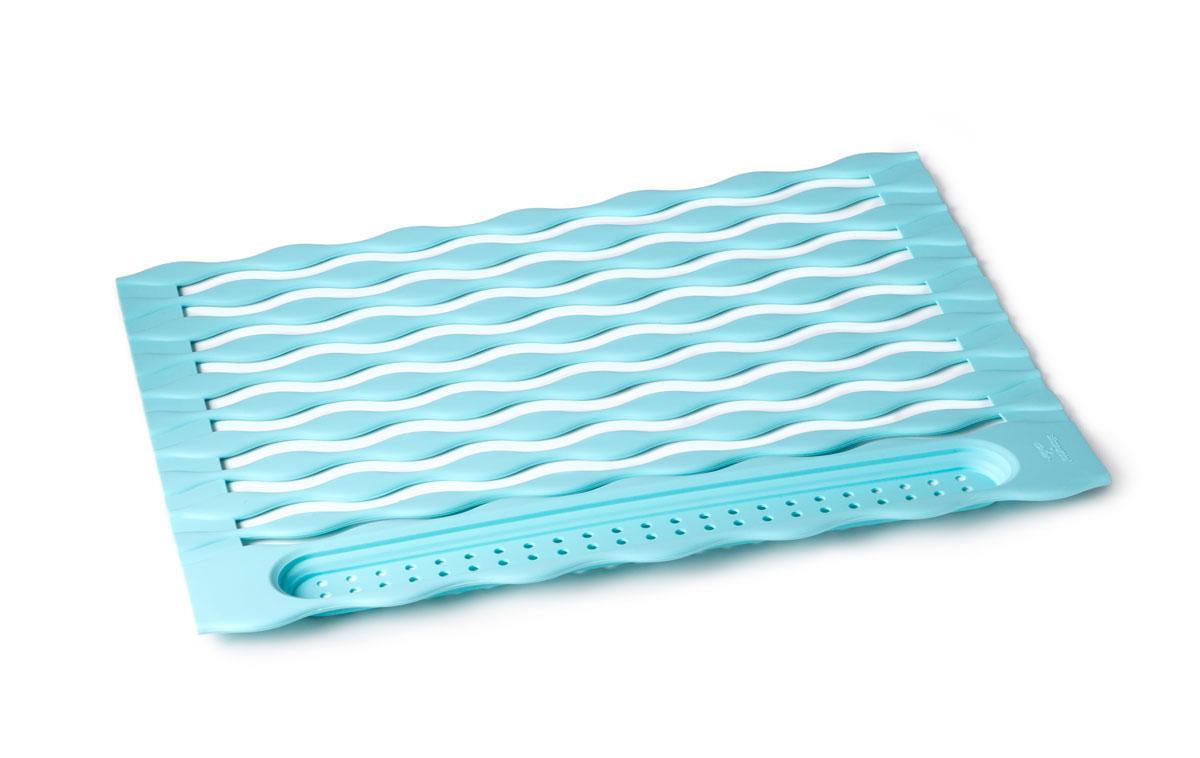 Подставка для посуды SiliconeZone, цвет: голубой, 32 х 45 смSZ11-KA-11658-AAСиликоновый сворачиваемый коврик предназначен для сушки посуды, он легко разворачивается, и устанавливается над раковиной. На его волнистую поверхность вы сможете разместить вымытую посуду, бокалы, столовые приборы, которые легко помещаются в карман в конце рулона. При этом вода беспрепятственно сливается.