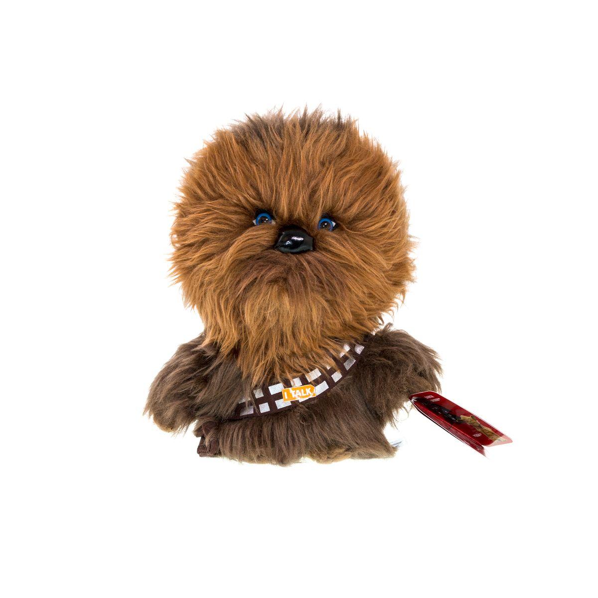 Star Wars Мягкая озвученная игрушка Чубакка 20 смSW02366Мягкая озвученная игрушка Star Wars Чубакка порадует любого поклонника знаменитой саги Звездные войны. Игрушка выполнена из высококачественного текстильного материала в виде Чубакки. При нажатии на животик игрушки, она произнесет характерные для персонажа звуки рычания. Чубакка - представитель племени вуки, механик на космическом корабле Хана Соло. Он не способен внятно говорить на человеческом языке и изъясняется хриплым ревом на языке вуки. Оригинальная мягкая игрушка непременно поднимет настроение своему обладателю и станет замечательным подарком любому ребенку или взрослому, увлеченному вселенной Звездных войн. Рекомендуется докупить 3 батарейки типа AG13.