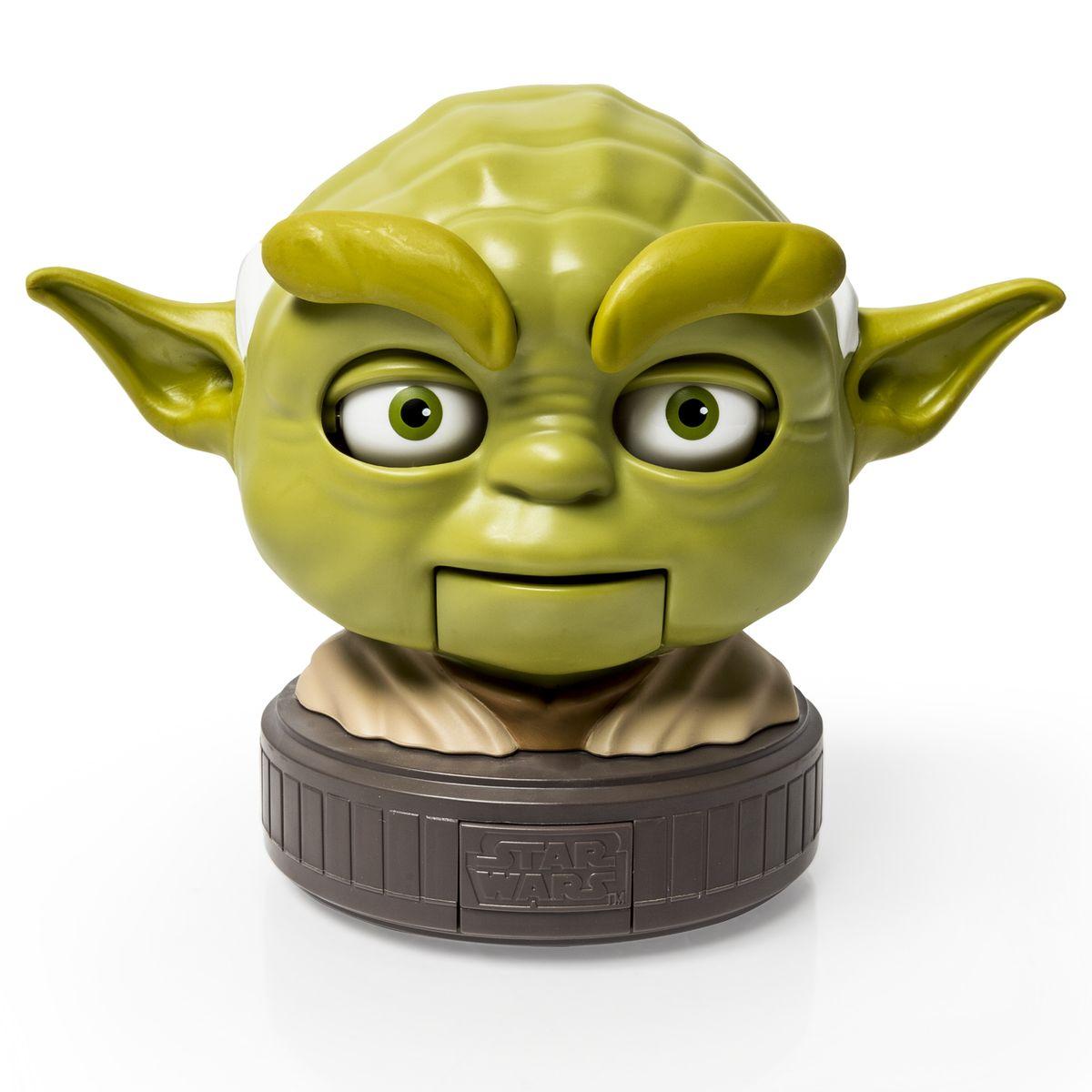 Star Wars Игрушка Spinmaster Бормочущая голова Йоды52109Бормочущая голова Йоды - оригинальная игрушка, которая, несомненно, понравится каждому ребенку и всем поклонникам знаменитой киноэпопеи Звездные войны (Star Wars). Известный всем и каждому, один из главных героев киносаги Star Wars, мастер Йода, представлен в виде разговаривающей головы. Йода произносит 6 фраз на английском языке. Лицо мастера не только выполнено максимально правдоподобно и напоминает оригинал, но и обладает мимикой, может шевелить губами, глазами и бровями во время разговора. Игрушка начинает разговаривать после нажатия на кнопку на подставке, на которой зафиксирована голова Йоды. Для работы необходимо 3 батарейки типа ААА (комплектуется демонстрационными).