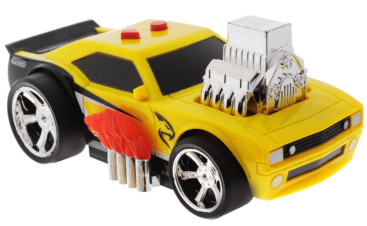 Big Motors Машина тюнингованная Speed KingLD-2018BМашина тюнингованная Speed King со звуковыми и световыми эффектами привлечет внимание вашего малыша и не позволит ему скучать. Великолепная модель тюнингованного гоночного авто, с языками пламени по бокам и блестящим мотором на капоте. Машинка оснащена звуковыми и световыми эффектами, при нажатии на кнопки, машинка издает звуки настоящего гоночного автомобиля. Реалистичная модель тюнингованной машинки для детей дополнит автопарк вашего малыша, подойдет для игр дома и на природе. Для работы необходимо 2 батарейки типа АА (комплектуется демонстрационными).
