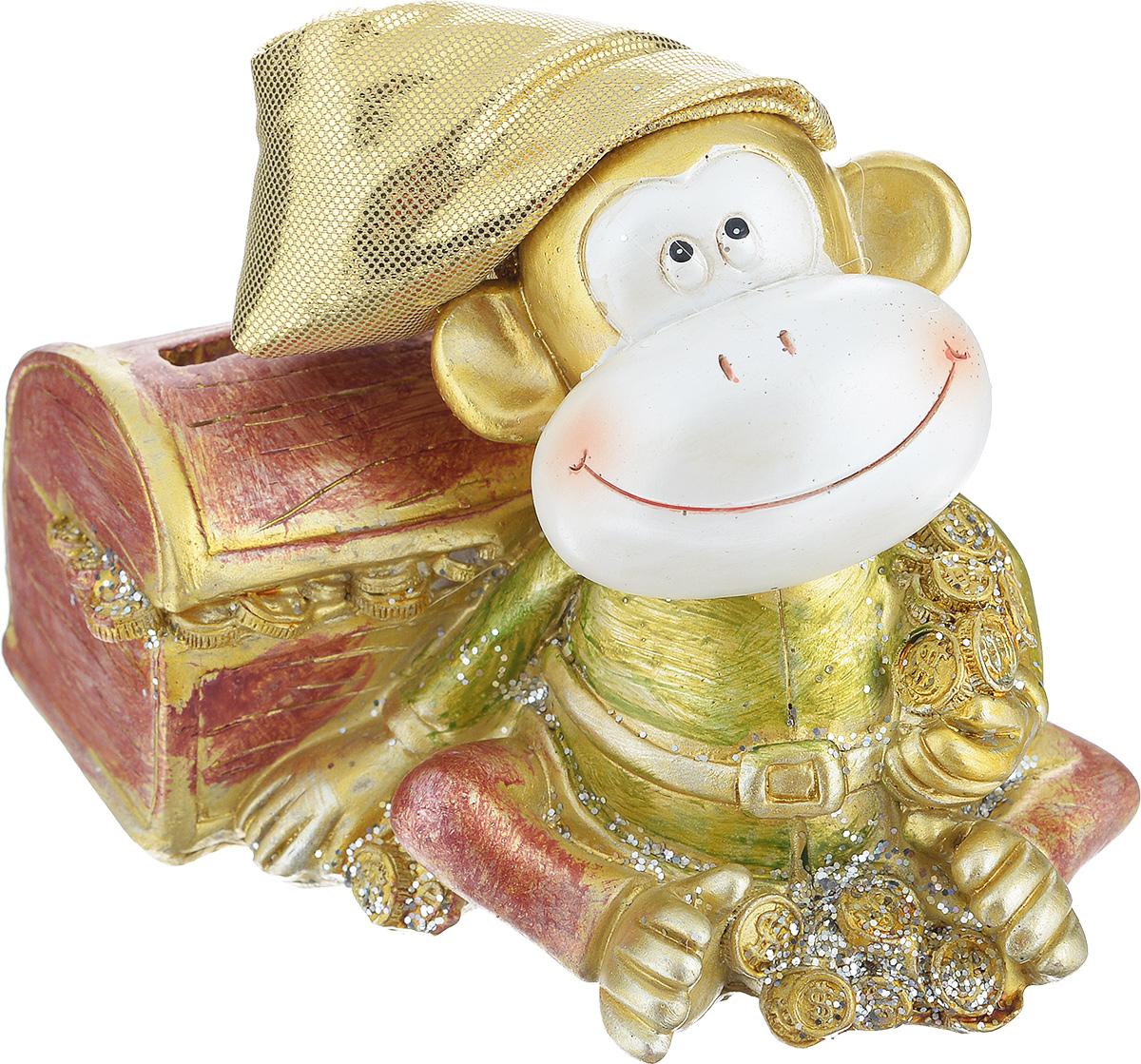 Копилка декоративная Sima-land Обезьянка с сундуком1056325Декоративная копилка Sima-land Обезьянка с сундуком, изготовленная из высококачественного полистоуна, выполнена в виде обезьяны в текстильном колпаке и украшена блестками. Изделие оснащено отверстием для монет и резиновым клапаном, через который можно достать деньги. Яркий оригинальный дизайн сделает такую копилку прекрасным подарком. Она послужит не только по своему прямому назначению, но и красиво дополнит интерьер комнаты.