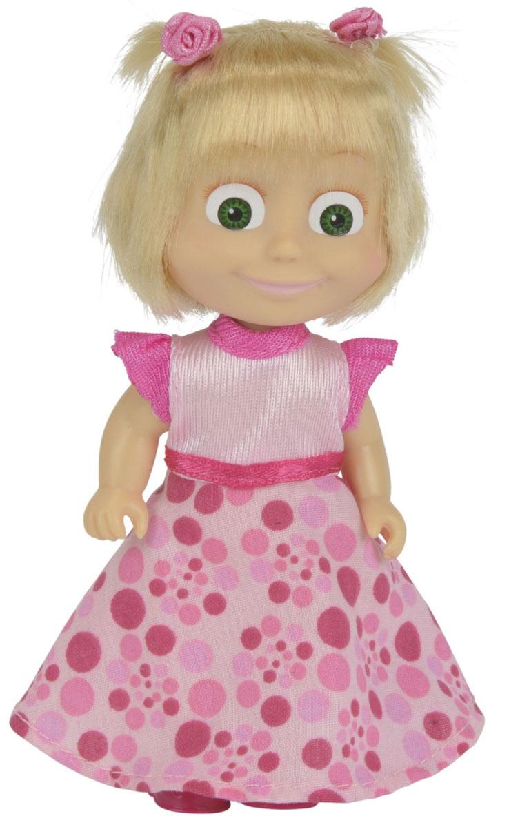 Simba Маша и Медведь Мини-кукла Маша День рождения9301680_1Мини-кукла Маша непременно понравится вашей малышке и надолго займет ее внимание. Игрушка выполнена из безопасного материала в виде персонажа Маши из мультсериала Маша и Медведь. На празднование своего дня рождения Маша нарядилась в праздничный образ. Куколка в легком цветастом сарафане в розовых оттенках. На юбке нарисованы горошины разного размера. Прическа у Маши тоже особенная по такому случаю - два маленьких хвостика украшены миниатюрными розочками. Ручки, ножки и голова у Маши подвижны. У куколки зеленые глаза и загадочная улыбка, ее можно расчесывать создавать разные прически. Оригинальный стиль и великолепное качество исполнения делают эту игрушку чудесным подарком к любому празднику, а жизнерадостный образ представит такой подарок в самом лучшем свете.