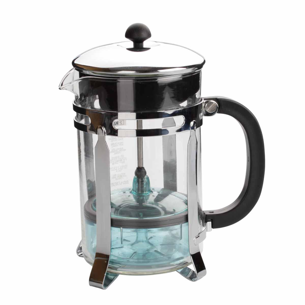 Чайник Dekok Press-Filter, 800 млCP-1005Чайник Dekok Press-Filter c встроенным в крышку пресс-фильтром в виде оригинального контейнера позволит приготовить за 3-5 минут несколько чашек чая или кофе. Изделие оснащено эргономичной пластиковой ручкой. Конструкция носика антикапля удобна для разливания напитков в чашки. Емкость чайника выполнена из жаропрочного стекла, основание - из стали. Надежное устройство фильтра обеспечивает идеальную фильтрацию ароматного напитка. Неоспоримым плюсом кухонных устройств Dekok является: - инновационность - новый взгляд на привычные приспособления, возможность их настроек и регулировок, - многофункциональность - во многих изделиях идеально воплощен принцип все в одном, - индивидуальный подход - различные варианты комплектаций и размеров кухонных устройств позволят подобрать инструмент с учетом индивидуальных потребностей. Размер чайника (без учета крышки): 11 см х 9,5 см х 16 см. Объем: 800 мл.
