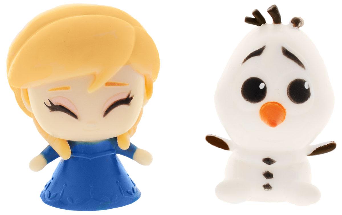 Disney Frozen Игрушки-мялки Анна и Олаф53605-0000012-0Игрушки-мялки Disney Frozen Анна и Олаф непременно понравятся вашей малышке! Игрушки выполнены в виде известных персонажей мультфильма Холодное Сердце. Изготовлены из пластичной массы с жидким наполнителем (водой), которую можно сжимать, крутить, кидать в стену и с ней ничего не случится. При ударе об стенку, расплющивается и снова принимают свою форму. Игрушки-мялки способствуют развитию мелкой моторики пальцев рук, развивают творческое мышление, укрепляют кистевые мышцы рук, создают позитивный эмоциональный фон и являются замечательным антистрессом. Порадуйте своего ребенка таким замечательным подарком!