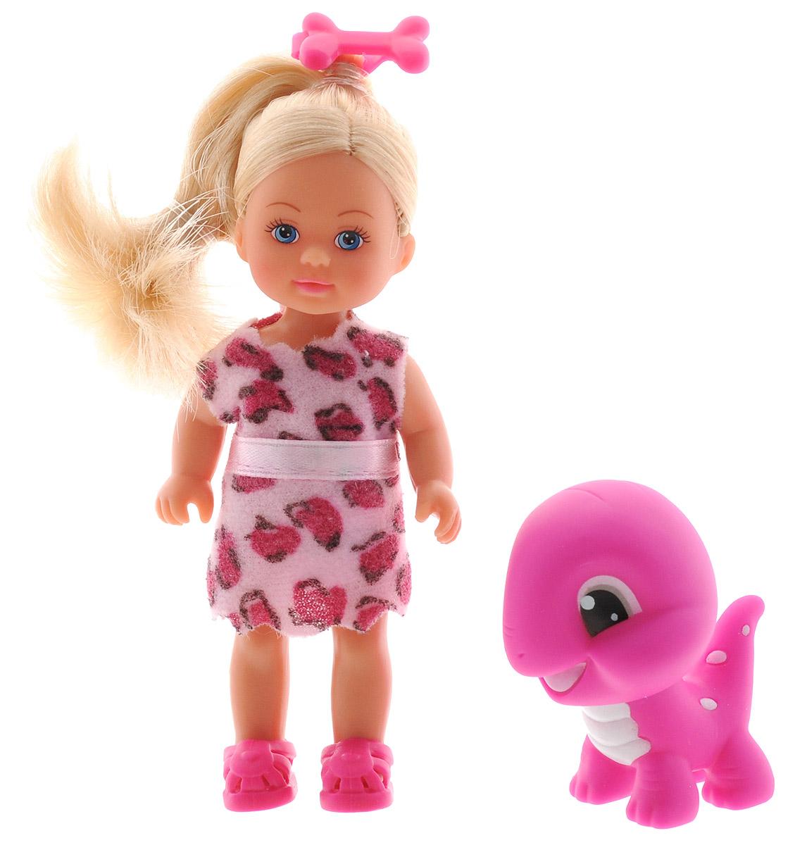 Simba Мини-кукла Еви с динозавриком цвет платья розовый5730940_розовыйКукла Simba Еви с динозавриком порадует любую девочку и надолго увлечет ее. В комплект входит кукла Еви и ее питомец - очаровательный динозаврик. Малышка Еви одета в платье из мягкого текстильного материала, оформленное принтом в виде крупных пятен, а на ногах у нее - розовые сандалии. Вашей дочурке непременно понравится заплетать длинные белокурые волосы куклы, придумывая разнообразные прически. Фигурка динозаврика выполнена из прочного пластика. Руки, ноги и голова куклы подвижны, благодаря чему ей можно придавать разнообразные позы. Игры с куклой способствуют эмоциональному развитию, помогают формировать воображение и художественный вкус, а также разовьют в вашей малышке чувство ответственности и заботы. Великолепное качество исполнения делают эту куколку чудесным подарком к любому празднику.