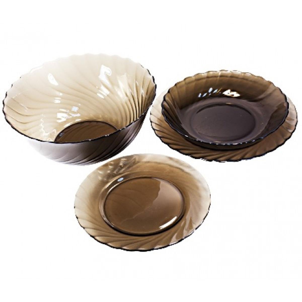 Набор столовой посуды Luminarc Ocean Eclipse, 19 предметовH0329Набор Luminarc Ocean Eclipse состоит из 6 суповых тарелок, 6 обеденных тарелок, 6 десертных тарелок и глубокого салатника. Изделия выполнены из ударопрочного стекла, имеют яркий дизайн с рельефным рисунком по краям и классическую круглую форму. Посуда отличается прочностью, гигиеничностью и долгим сроком службы, она устойчива к появлению царапин и резким перепадам температур. Такой набор прекрасно подойдет как для повседневного использования, так и для праздников или особенных случаев. Набор столовой посуды Luminarc Ocean Eclipse - это не только яркий и полезный подарок для родных и близких, а также великолепное дизайнерское решение для вашей кухни или столовой. Можно мыть в посудомоечной машине и использовать в микроволновой печи. Диаметр суповой тарелки: 20,5 см. Высота суповой тарелки: 3,5 см. Диаметр обеденной тарелки: 24 см. Высота обеденной тарелки: 2,2 см. Диаметр десертной тарелки: 19,5 см. ...
