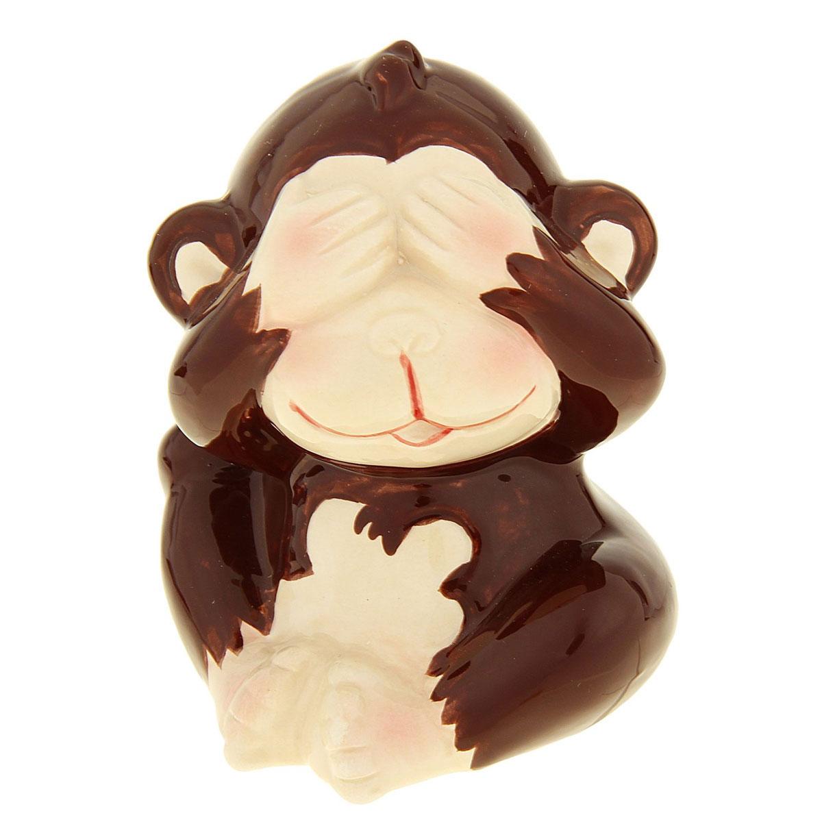 Сувенир Sima-land Обезьянка игривая, высота 8,5 см1056095_коричневыйСувенир Sima-land Обезьянка игривая выполнен из высококачественной керамики в виде забавной обезьянки, закрывающей лапками глаза. Такой сувенир станет отличным подарком родным или друзьям на Новый год, а также он украсит интерьер вашего дома или офиса.