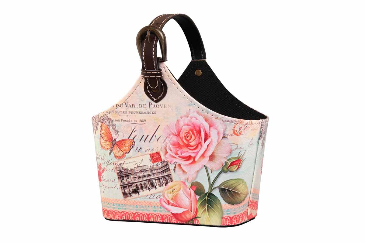 Сумка для хранения El Casa Розы и бабочки, 22 см х 12 см х 19 см171252Интерьерная сумка El Casa Розы и бабочки, выполненная из МДФ и текстиля, понравится всем ценителям оригинальных вещей. Благодаря регулируемой ручке, прекрасному дизайну и необычной форме, такая сумка будет отлично смотреться в вашей гостиной или коридоре. В ней можно хранить всевозможные мелочи: расчески, заколки, журналы или газеты. Сумка El Casa Розы и бабочки станет отличным подарком для ваших друзей и близких. Размер сумки (без учета ручки): 22 см х 12 см х 19 см.
