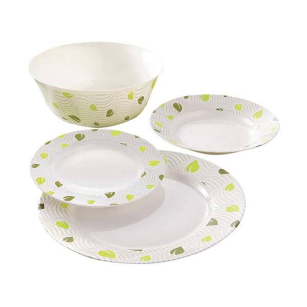 Набор столовой посуды Luminarc Amely, 19 предметовJ2149Набор Luminarc Amely состоит из 6 суповых тарелок, 6 обеденных тарелок, 6 десертных тарелок и глубокого салатника. Изделия выполнены из ударопрочного стекла, имеют яркий дизайн и классическую круглую форму. Посуда отличается прочностью, гигиеничностью и долгим сроком службы, она устойчива к появлению царапин и резким перепадам температур. Такой набор прекрасно подойдет как для повседневного использования, так и для праздников или особенных случаев. Набор столовой посуды Luminarc Amely - это не только яркий и полезный подарок для родных и близких, а также великолепное дизайнерское решение для вашей кухни или столовой. Можно мыть в посудомоечной машине и использовать в микроволновой печи. Диаметр суповой тарелки: 22 см. Высота суповой тарелки: 3,2 см. Диаметр обеденной тарелки: 26 см. Высота обеденной тарелки: 2,2 см. Диаметр десертной тарелки: 19 см. Высота десертной тарелки: 1,9 см. Диаметр салатника:...
