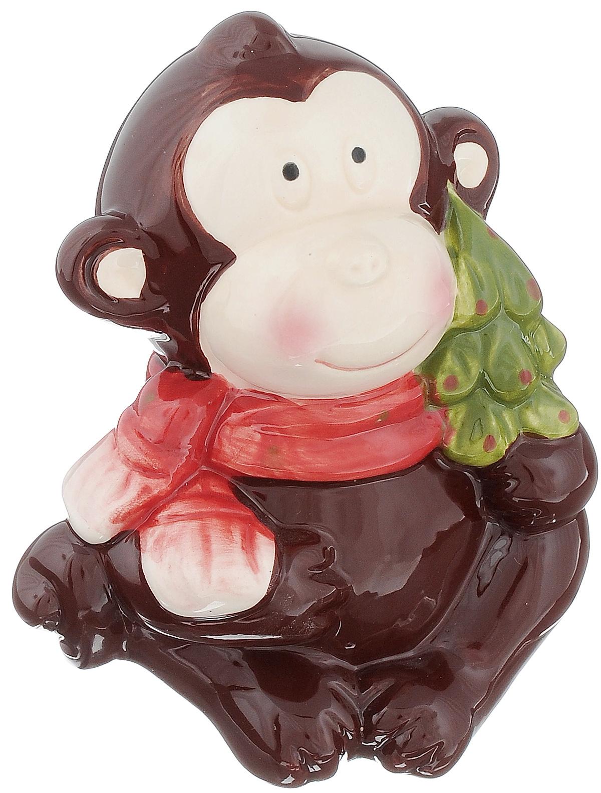 Сувенир Sima-land Обезьянка в шарфике с елочкой, высота 11,5 см1056097Сувенир Sima-land Обезьянка в шарфике с елочкой выполнен из высококачественной керамики в виде забавной обезьянки. Такой сувенир станет отличным подарком родным или друзьям на Новый год, а также он украсит интерьер вашего дома или офиса.
