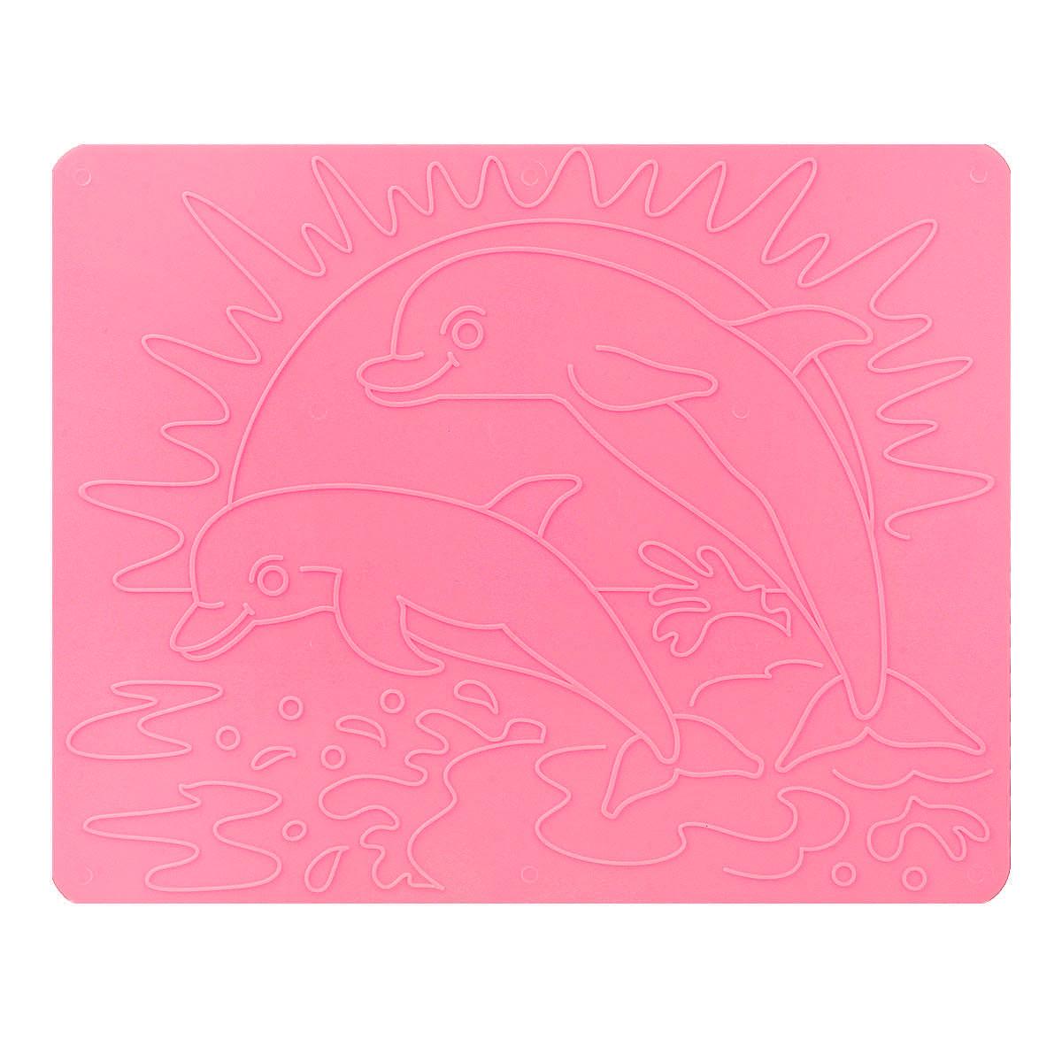 Луч Трафарет рельефный Дельфины цвет розовый18С 1178-08_розовыйТрафарет рельефный Луч Дельфины, выполненный из безопасного пластика, предназначен для детского творчества. Трафарет не имеет традиционных прорезей - рисунок выступает над плоской поверхностью. Чтобы получить рисунок на бумаге, трафарет кладется под лист, а сверху бумага штрихуется с помощью восковых карандашей. Метод штриховки особенно полезен при подготовке ребенка к школе, развивается мелкая моторика, зрительное восприятие, аккуратность, и вместе с тем, ребенок с увлечением учится рисовать. Также трафарет предназначен для развития зрительно-двигательной координации и навыков художественной композиции. В упаковке один двусторонний трафарет с изображением дельфинов. Трафарет предназначен для работы с восковыми карандашами.