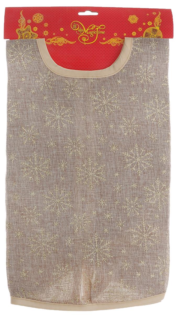Новогоднее декоративное украшение для ели Феникс-презент Золотые снежинки, диаметр 90 см38910Новогоднее декоративное украшение для ели Феникс-презент Золотые снежинки выполнено из плотного полиэстера. Изделие представляет собой юбку бежевого цвета, оформленную снежинками из золотистых блесток и желтым атласным кантом. Украшение предназначено для декорирования праздничной ели. Также с помощью данной юбки вы сможете изящно задрапировать основание ели. Удобные завязочки позволят быстро и комфортно украсить вашу ель. Новогодние украшения приносят в дом волшебство и ощущение праздника. Создайте в своем доме атмосферу веселья и радости с таким оригинальным новогодним украшением. Серия новогодних украшений Magic Time принесет в ваш дом ни с чем не сравнимое ощущение праздника.