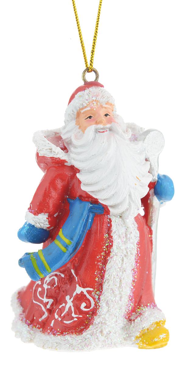 Новогоднее подвесное украшение Феникс-презент Дед Мороз с посохом38319Новогоднее украшение Феникс-презент Дед Мороз с посохом, изготовленное из высококачественного полирезина, прекрасно подойдет для праздничного декора дома и новогодней ели. С помощью специальной текстильной петельки его можно повесить в любом понравившемся вам месте. Елочная игрушка - символ Нового года. Она несет в себе волшебство и красоту праздника. Создайте в своем доме атмосферу веселья и радости, украшая новогоднюю елку нарядными игрушками, которые будут из года в год накапливать теплоту воспоминаний.