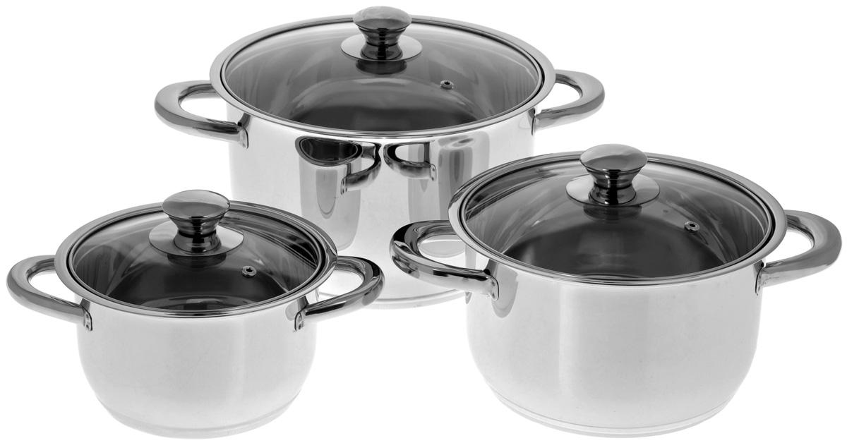 Набор посуды BergHOFF Studio, 6 предметов1106000Набор посуды BergHOFF Studio выполнен из высококачественной нержавеющей стали. В набор входят кастрюли различных размеров с крышками. Крепкие ручки обеспечивают безопасный и удобный хват. Четырехслойное дно делает возможным эффективное приготовление пищи и равномерное распределение тепла по всей поверхности. Крышка обеспечивает эффективное закрытие: тепло сохраняется внутри изделия, что приводит к более быстрому разогреву, три вентиляционных отверстия предотвращают выплескивание. Благодаря стеклянной крышке можно наблюдать за ингредиентами в кастрюле в процессе приготовления пищи. Не нужно поднимать крышку, растрачивая энергию и вкусовые качества. Подходит для всех типов плит, включая индукционные. Можно использовать в посудомоечной машине. Объем кастрюль: 1,9 л; 3,7 л; 6,4 л. Диаметр кастрюль (по верхнему краю, без учета крышки): 17 см; 20 см; 24,5 см. Высота стенок кастрюль: 9,2 см; 11,5 см; 14,5. Толщина стенки: 2 мм. ...