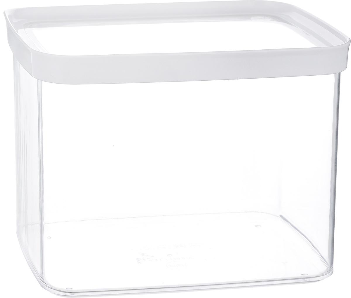 Контейнер для сыпучих продуктов Emsa Optima, 4,4 л513563Контейнер для сыпучих продуктов Emsa Optima изготовлен из высококачественного пищевого пластика. Изделие прозрачное, что позволяет видеть содержимое, это очень удобно и практично. Специальная крышка плотно закрывается, предотвращая попадание влаги. Контейнер очень вместителен, в нем можно хранить макароны, крупы и другие сыпучие продукты, а также печенье или конфеты. Идеальный вариант для поддержания порядка на кухне. Можно мыть в посудомоечной машине.