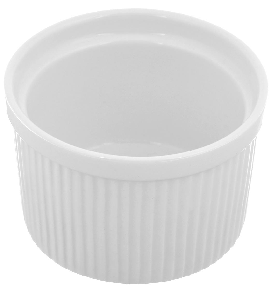 Порционная форма для выпечки BergHOFF Bianco, круглая, цвет: белый, диаметр 10 см1691251Порционная форма для выпечки BergHOFF Bianco изготовлена из высококачественного фарфора с глазурованной поверхностью. Форму можно использовать для приготовления блюд, таких как крем-брюле, жульен, маффины и прочее. Изделие термоустойчиво, поверхность сохраняет свой цвет, а пища естественный аромат. Материал мягко проводит тепло для равномерного запекания. Подходит для мытья в посудомоечной машине. Диаметр формы: 10 см. Высота формы: 6,5 см.
