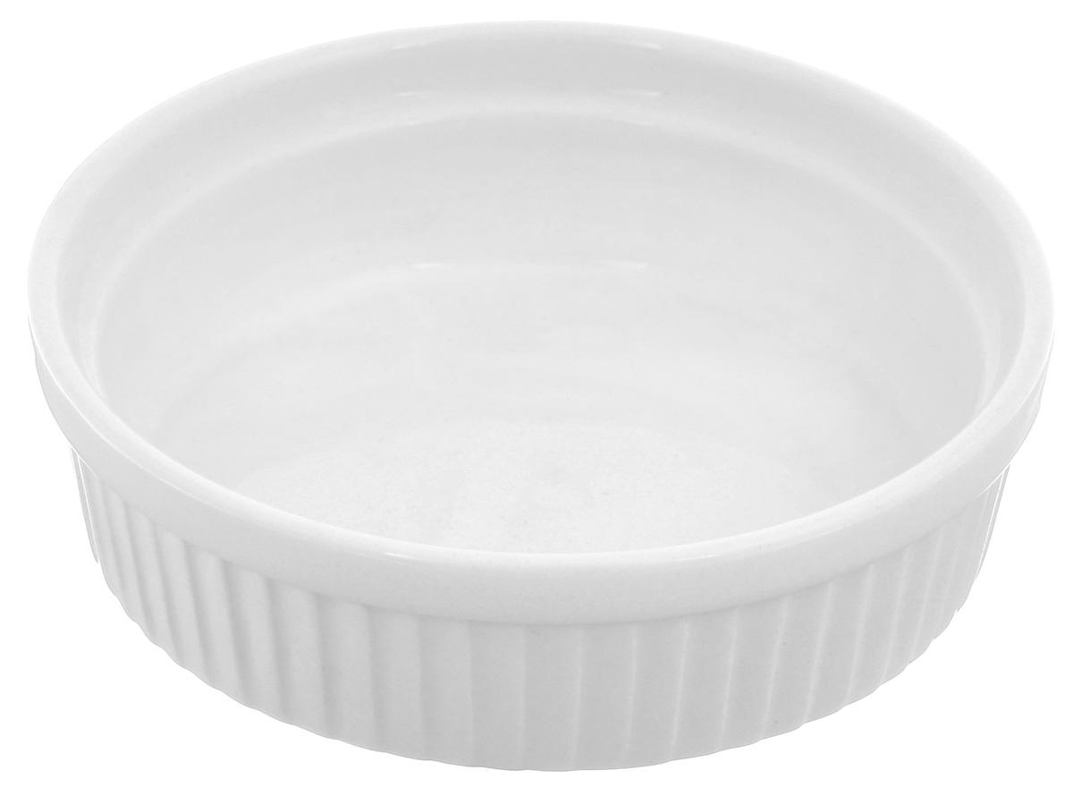 Порционная форма для выпечки BergHOFF Bianco, круглая, цвет: белый, диаметр 12 см1691268Порционная форма для выпечки BergHOFF Bianco изготовлена из высококачественного фарфора с глазурованной поверхностью. Форму можно использовать для приготовления блюд, таких как крем-брюле, жульен, маффины и прочее. Изделие термоустойчиво, поверхность сохраняет свой цвет, а пища естественный аромат. Материал мягко проводит тепло для равномерного запекания. Подходит для мытья в посудомоечной машине. Диаметр формы: 12 см. Высота стенок: 3,5 см.