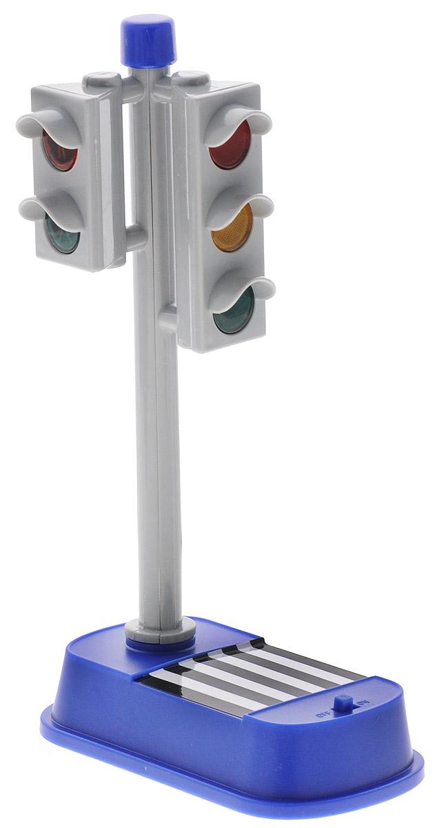 Big Motors Игрушка Светофор со светом и звуком1325Светофор от Big Motors непременно привлечет внимание вашего малыша и не позволит ему скучать. В светофоре предусмотрено звуковое и световое сопровождение для пешеходов, при загорании зеленого света для пешеходов, раздается прерывистый звук, который меняет свою частоту к моменту выключения разрешающего сигнала светофора. Светофор может дополнить и разнообразить игру с любимыми машинками. Эта чудесная игрушка будет отличным подарком любому мальчишке. Он сможет часами играть в него, придумывая все новые и новые истории. Для работы необходимо 2 батарейки типа АА (комплектуется демонстрационными).