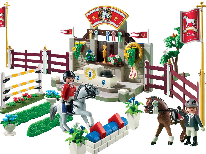 Playmobil Игровой набор Лошади Манеж для выездки и конкура5224pmИгровой набор Playmobil Пожарная служба надолго займет внимание вашего ребенка. Ваш ребенок будет часами играть с этой игрушкой, придумывая различные истории. В набор входит: фигурки наездника и наездницы, цветы, 2 лошадей, подиум для награждения победителей, кубок, препятствия для скачек и другие элементы. Играя в конструкторы, ребенок развивает мелкую моторику, координацию движения, воображение и внимание. Он учится логически мыслить и действовать.