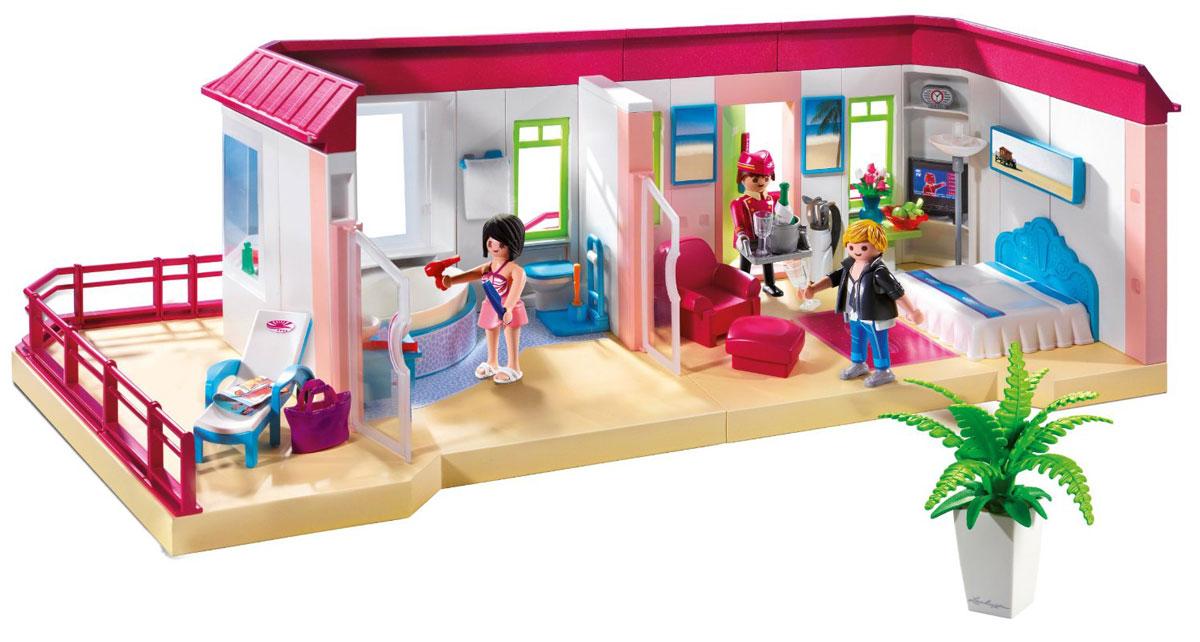 Playmobil Игровой набор Отель Номер люкс5269pmИгровой набор Playmobil Отель: Номер люкс порадует как мальчиков, так и девочек. Увлекательный номер, включающий в себя 150 миниатюрных предметов, создаст простор для воплощения различных игровых сюжетов и детской фантазии. В набор входит: кровать, кресло, пуфик, столик, ковер, шезлонг, сантехника, полочки и телевизор, экзотический цветок в горшке, оригинальный торшер, фужеры, шампанское, сумка, зубные щетки, фен, 3 фигурки человечков (сотрудника отеля и двух отдыхающих). Ручки у фигурок подвижны, что позволяет вложить в них любой предмет. Увлекательные игровые наборы Playmobil познакомят детей с этикетом и правилами поведения в отеле и в гостях. Игра отлично развивает мелкую моторику рук, мышление, формирует и совершенствует речь, знакомит с различными новыми для детей предметами, учит общению и взаимодействию друг с другом. Характеристики: Высота фигурки взрослого: 7,5 см. Длина номера: 61,5 см. Изготовитель: Мальта.