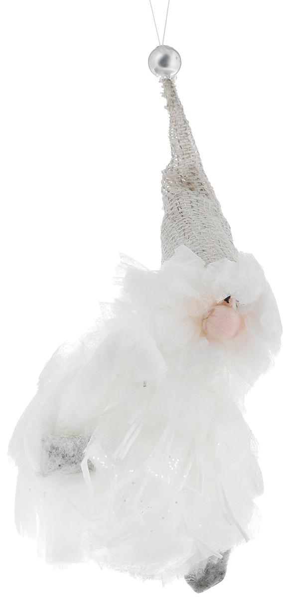 Новогоднее подвесное украшение Sima-land Дед морозик540271Новогоднее подвесное украшение Sima-land Дед морозик отлично подойдет для оформления праздничной ели. Изделие выполнено из пенопласта и текстиля в виде забавного старичка в колпаке. Елочная игрушка - символ Нового года. Она несет в себе волшебство и красоту праздника. Создайте в своем доме атмосферу веселья и радости, украшая всей семьей новогоднюю елку нарядными игрушками, которые будут из года в год накапливать теплоту воспоминаний.
