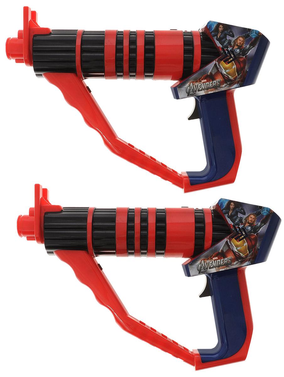 IMC Toys Набор лазерного оружия Мстители390065_красный, черныйЧтобы выполнять миссии любой сложности, нужно хорошее оружие, которое точно не подведет. Представленная лазерная установка IMC Toys Мстители со световыми и звуковыми эффектами отлично подойдет для этой цели! Каждое устройство оборудовано счетчиком, засчитывающим до 8 выстрелов. Когда выстрел засчитан, оружие издает звук и один из индикаторов или свет моргнет. С таким набором можно разрабатывать операции и продумывать стратегии. В наборе два лазерных пистолета. Порадуйте своего ребенка таким подарком! Игрушка предназначена для детей от трех лет. Необходимо купить 8 батареек напряжением 1,5V типа АА (в комплект не входят).