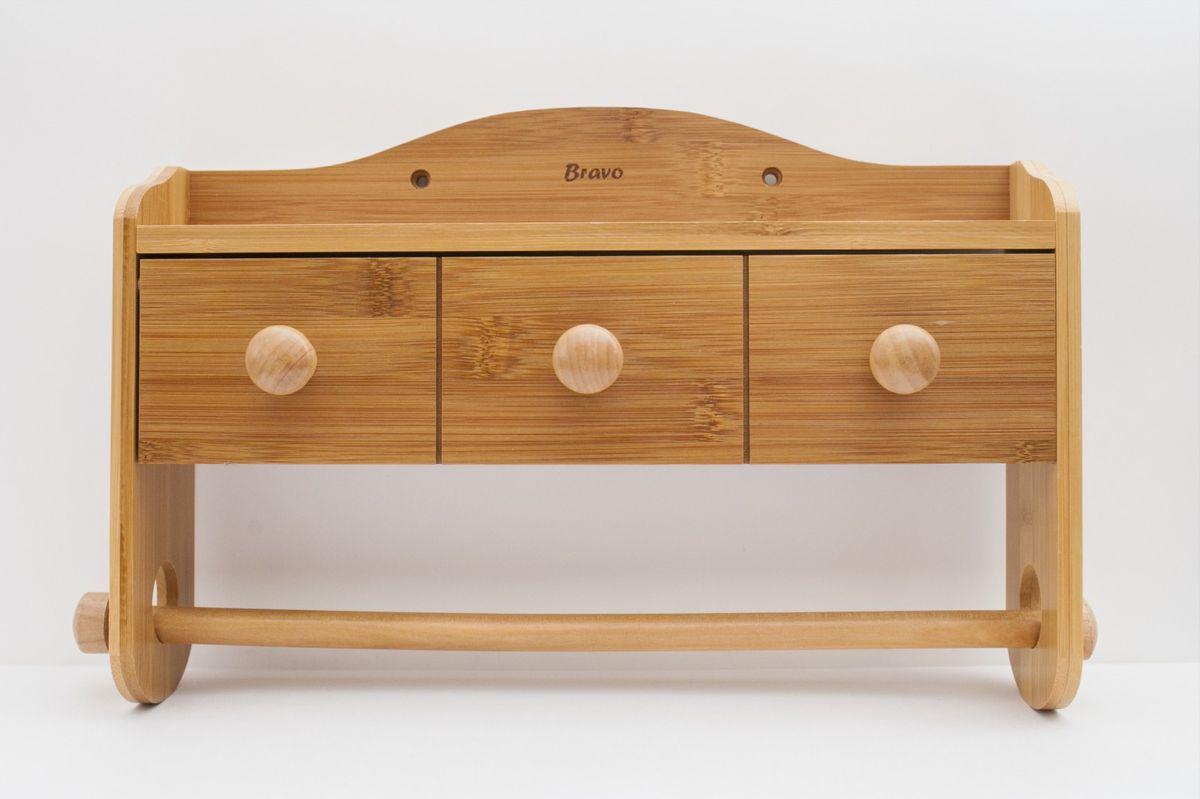Держатель для полотенца Bravo, навесной354Настенный держатель Bravo, выполненный из бамбука, подойдет как для бумажных, так и для обычных полотенец. Имеется ящичек для хранения различных мелочей, а также полочка, которая найдет свое применение у любой хозяйки. Изделие хорошо впишется в интерьер любой кухни и будет аккуратно и гармонично смотреться. Не рекомендуется мыть изделия из бамбука в посудомоечной машине, оставлять надолго в воде, а также пересушивать. После мытья необходимо протереть и дать высохнуть. Размер держателя: 38 см х 7 см х 23 см.