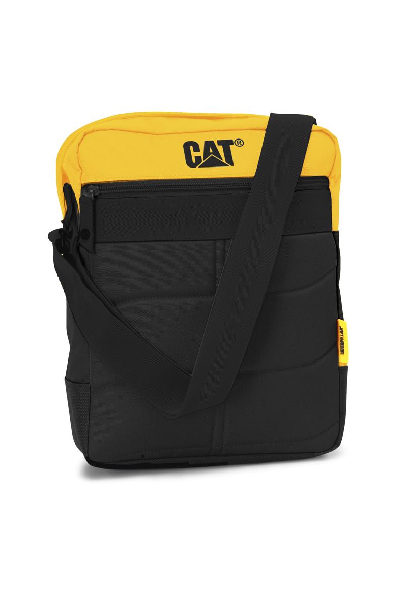 Сумка-планшет Caterpillar Ryan, цвет: черный, желтый, 7 л80005-12Стильная сумка-планшет Caterpillar Ryan выполнена из полиэстера. Изделие имеет одно основное отделение, закрывающееся на застежку-молнию. Внутри имеется мягкий карман для планшета, который закрывается на хлястик с липучкой. Снаружи, на передней и задней стенках находятся прорезные карманы на застежках-молниях. Сумка оснащена регулируемым текстильным плечевым ремнем. Стильная сумка-планшет Caterpillar Ryan эффектно дополнит ваш образ и станет незаменимой в повседневной жизни.