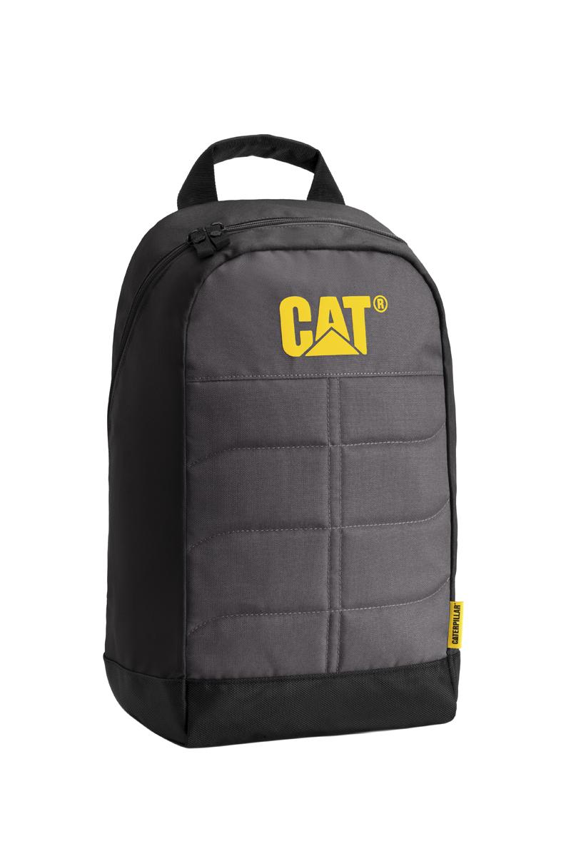 Рюкзак Caterpillar Benji, цвет: черный, серый, 18 л83109-172Стильный рюкзак Caterpillar Benji изготовлен из полиэстера. Рюкзак имеет одно основное отделение, которое закрывается на застежку-молнию с двумя бегунками. Внутри находится прорезной карман на застежке-молнии, три открытых накладных кармашка, два держателя для авторучек и текстильный ремешок с карабином для ключей. Снаружи, сбоку расположен сетчатый карман на резинке для бутылки воды. Уплотненная спинка комфортна при переноске изделия. Рюкзак оснащен удобными широкими лямками с мягкой подкладкой, которые регулируются по длине, и текстильной ручкой. Стильный рюкзак Caterpillar Benji эффектно дополнит ваш яркий образ и станет незаменимым в повседневной жизни.