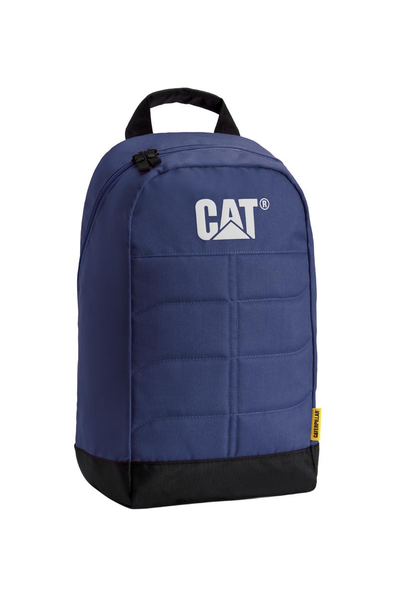 Рюкзак Caterpillar Benji, цвет: черный, темно-синий, 18 л83109-184Стильный рюкзак Caterpillar Benji изготовлен из полиэстера. Рюкзак имеет одно основное отделение, которое закрывается на застежку-молнию с двумя бегунками. Внутри находится прорезной карман на застежке-молнии, три открытых накладных кармашка, два держателя для авторучек и текстильный ремешок с карабином для ключей. Снаружи, сбоку расположен сетчатый карман на резинке для бутылки воды. Уплотненная спинка комфортна при переноске изделия. Рюкзак оснащен удобными широкими лямками с мягкой подкладкой, которые регулируются по длине, и текстильной ручкой. Стильный рюкзак Caterpillar Benji эффектно дополнит ваш яркий образ и станет незаменимым в повседневной жизни.