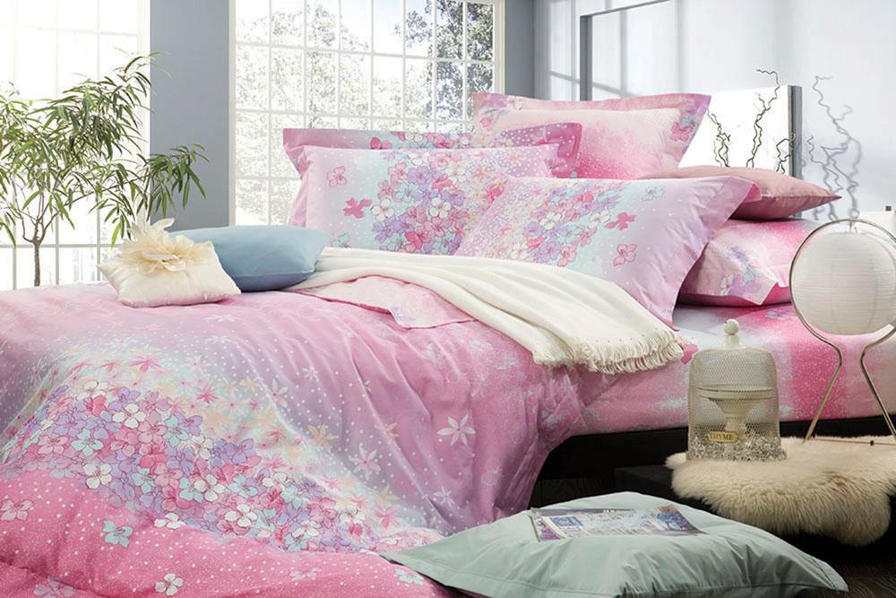 Комплект белья Primavelle Беллиссимо, 1,5-спальный, наволочки 52х74, цвет: розовый. 145150741-Sb-37145150741-Sb-37Комплект белья Primavelle Беллиссимо состоит из пододеяльника, простыни и двух наволочек, украшенных нежным цветочным принтом. Белье выполнено из хлопка Prima - это качественная хлопчатобумажная ткань полотняного переплетения из тонкой и прочной пряжи. Отличается натуральностью, экологичностью, плотной структурой ткани и стойким крашением, белье имеет минимальную усадку. Наволочка и пододеяльник снабжены молниями. Такой комплект белья подарит мягкость, комфорт и уют во время сна, а яркий дизайн красиво дополнит интерьер.
