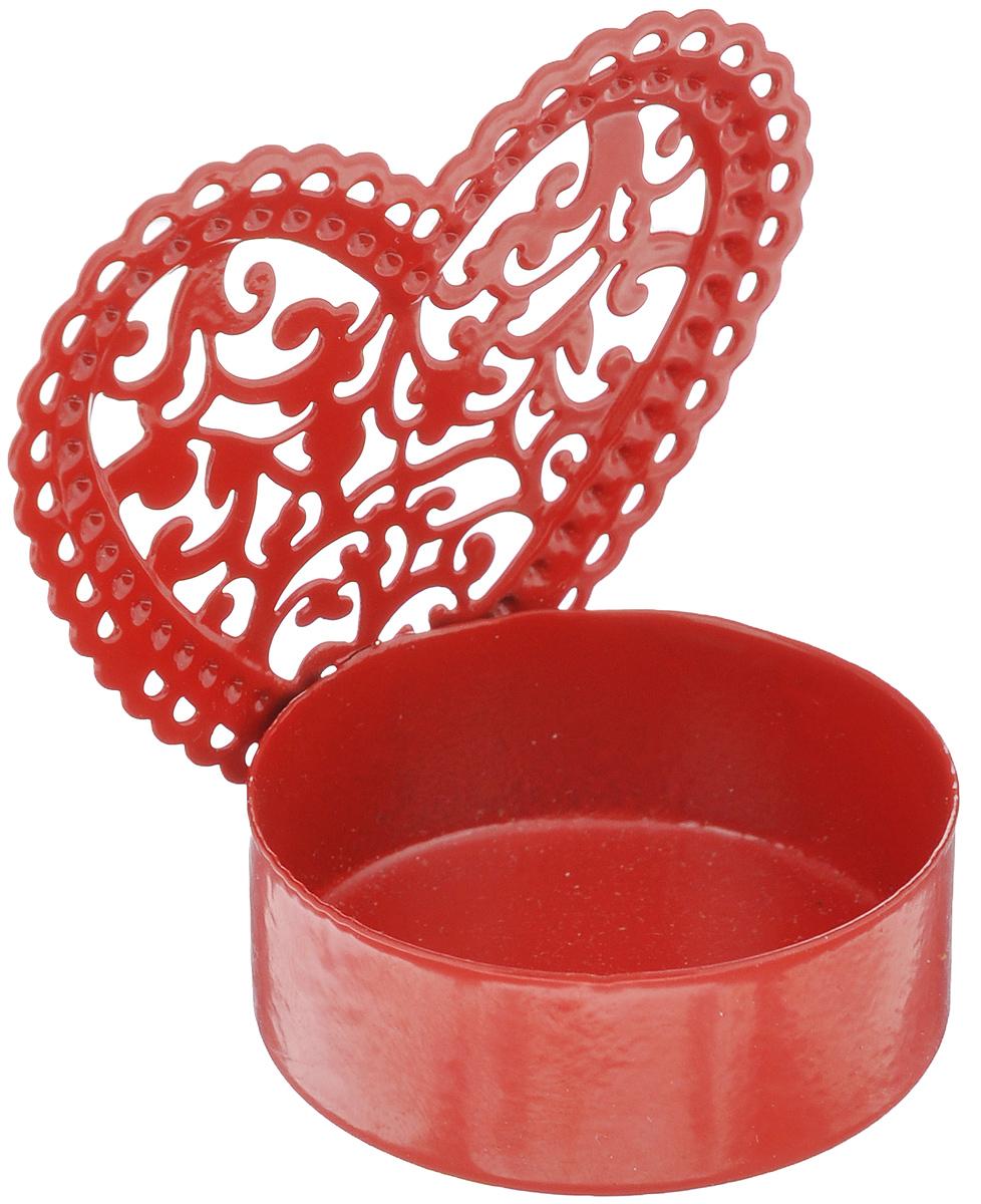 Подсвечник декоративный Феникс-презент Сердце, цвет: красный35316Декоративный подсвечник Феникс-презент Сердце изготовлен из металла. Подсвечник предназначен для одной чайной свечи. Оригинальный и изысканный, такой подсвечник позволит украсить интерьер дома или рабочего кабинета оригинальным образом. Вы можете поставить подсвечник в любом месте, где он будет удачно смотреться и радовать глаз. Кроме того - это отличный вариант подарка для ваших близких и друзей. Диаметр отверстия для свечи: 4 см.