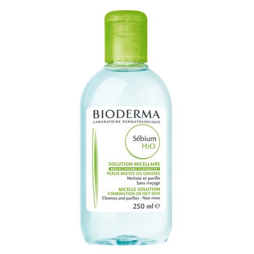 Bioderma очищающая вода Sebium 250 млB28641Очищающее средство для жирной и комбинированной кожи, кожи с акне (в том числе акне новорожденных!) оказывает антибактериальное действие. Мягко очищает. Улучшает качество себума. Снижает синтез кожного сала. Успокаивает кожу. Мягко очищает, оказывает антибактериальное действие