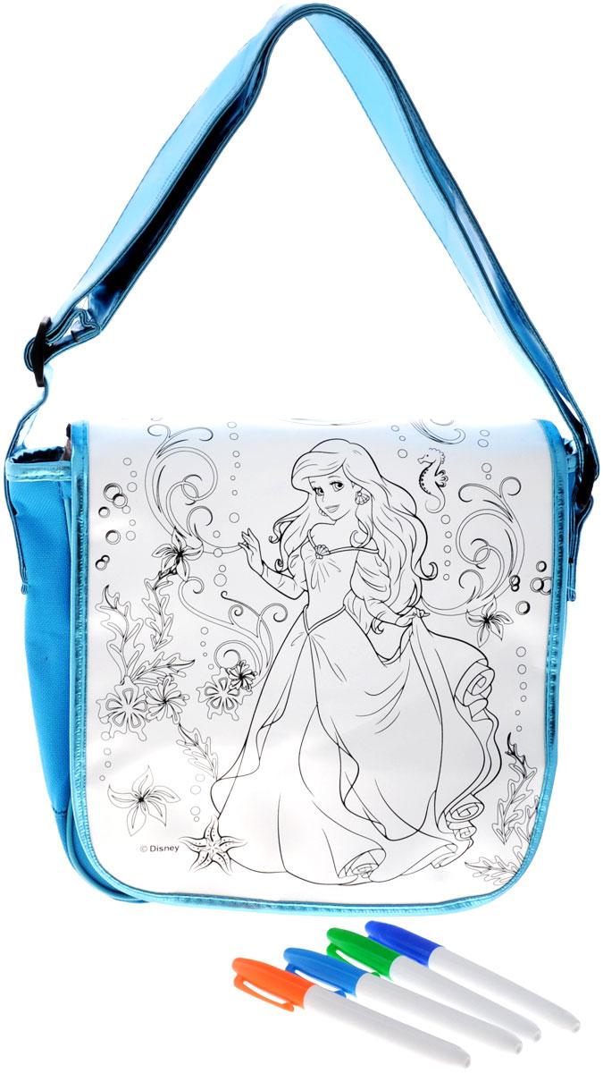 Disney Princess Набор для росписи сумки Ариэль23248Подарите своей малышке возможность стать дизайнером собственной сумочки с помощью набора для росписи Disney Princess Ариэль. Маленькая модница сама разукрасит ее цветными маркерами, которые не смоются и не растекутся под дождем или от стирки. А чтобы рисунок получился интереснее, можно создать новые оттенки, смешав цвета маркеров: для этого надо раскрасить выбранную деталь одним цветом, а сверху другим. Всего 1 час, и своя дизайнерская сумка готова! С преображенным аксессуаром малютка будет играть и ходить на прогулку. А сколько гордости будет в ее счастливых глазах! Ведь эта сумочка будет раскрашена ее собственными руками. Сумка оснащена одним отделением, закрывающимся клапаном на две липучки. В набор входит: сумка с нанесенным контуром рисунка, 4 водостойких маркера. Раскрашенный аксессуар пригоден для ручной стирки при температуре воды до 30°C. Порадуйте свою принцессу таким замечательным подарком!