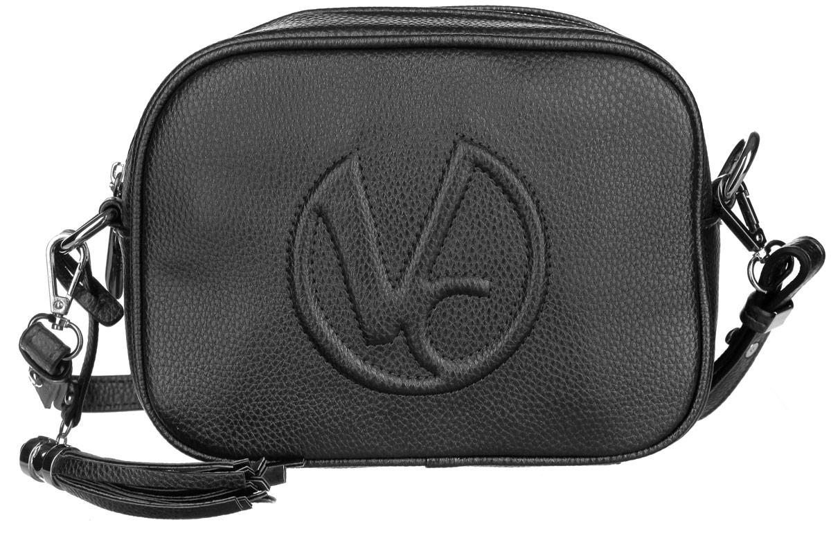 Сумка женская Vitacci, цвет: черный. V0921V0921Стильная женская сумка Vitacci изготовлена из искусственной кожи с зернистой фактурой. Лицевая сторона изделия оформлена клеймом с логотипом бренда, а также декоративной подвеской в форме кисти. Изделие содержит одно основное отделение, которое закрывается на застежку-молнию, внутри расположены два накладных кармана для мобильного телефона и мелочей и один вшитый карман на молнии. Сумка оснащена съемным плечевым ремнем. Практичная и стильная сумка прекрасно завершит ваш образ.