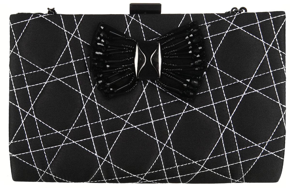 Сумка вечерняя Fabretti, цвет: черный. WNC10066-3WNC10066-3-blackЭлегантная сумка Fabretti выполнена из полиэстера. Изделие закрывается на застежку-защелку. Сумка оформлена оригинальной прострочкой и бантом с металлическими вставками и вышитым бисером. Внутри - одно большое отделение и один накладной карман. Ручка выполнена в виде оригинальной цепочки.