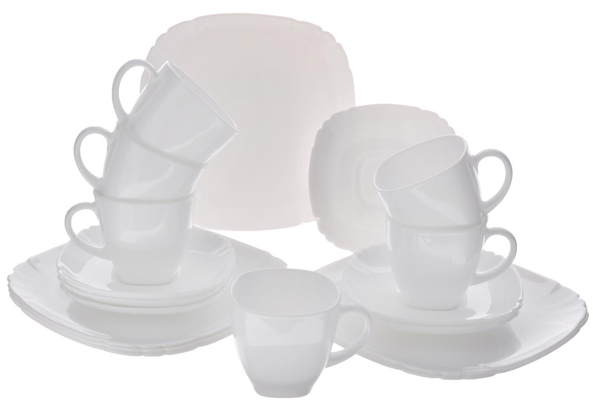 Набор десертный Luminarc Lotusia, 18 предметовH3903Десертный набор Luminarc Lotusia состоит из 6 десертных тарелок, 6 блюдец и 6 чашек. Изделия выполнены из ударопрочного стекла, имеют лаконичный дизайн и квадратную форму с закругленными краями. Посуда отличается прочностью, гигиеничностью и долгим сроком службы, она устойчива к появлению царапин и резким перепадам температур. Такой набор прекрасно подойдет как для повседневного использования, так и для праздников или особенных случаев. Десертный набор Luminarc - это не только яркий и полезный подарок для родных и близких, это также великолепное дизайнерское решение для вашей кухни или столовой. Изделия можно мыть в посудомоечной машине и использовать в СВЧ-печи. Размер десертной тарелки: 19,5 см х 19,5 см. Размер блюдца: 14 см х 14 см. Объем чашки: 220 мл. Размер чашки: 7,5 см х 7,5 см х 7,5 см.