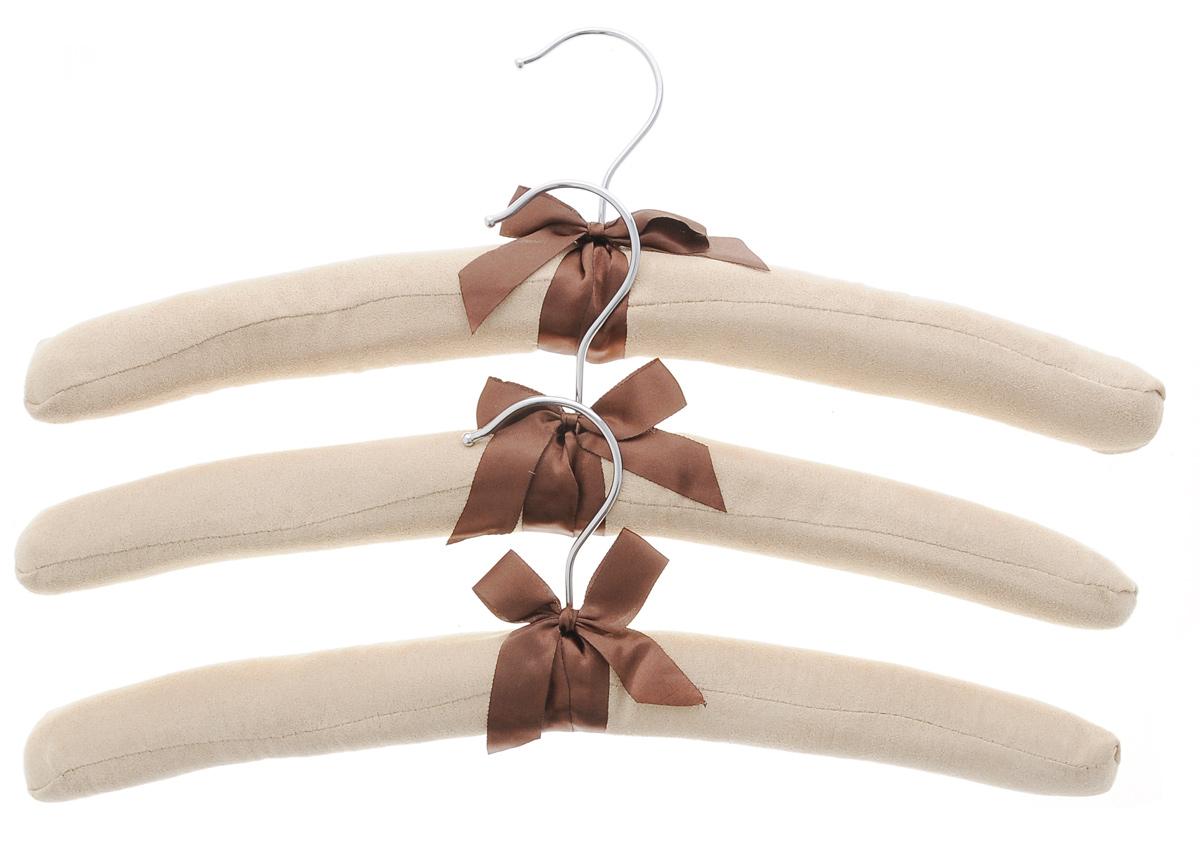 Набор вешалок для одежды El Casa, 3 шт. 150060150060Набор El Casa состоит из трех вешалок, изготовленных из дерева, поролона и замши. Вешалки идеально подойдут для деликатной одежды из шерсти и нежных тканей. Набор El Casa станет практичным и полезным в вашем гардеробе. С ним ваша одежда избежит ненужных растяжек и провисаний. Комплектация: 3 шт. Размер вешалки: 38 см х 3,5 см х 11 см.