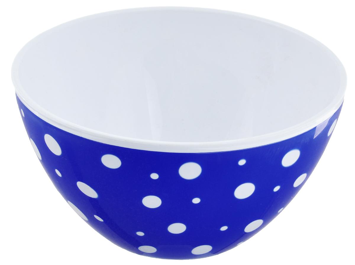 Салатник Альтернатива Горошек, цвет: белый, синий, 1,45 лМ2732Круглый салатник Альтернатива Горошек, выполненный из высококачественного пластика, порадует вас изящным дизайном и практичностью. Внешние стенки салатника декорированы рисунком в горошек. Изделие идеально подходит для сервировки салатов, фруктов, закусок и других блюд. Салатник Альтернатива Горошек украсит ваш кухонный стол и подчеркнет прекрасный вкус хозяйки. Диаметр салатника (по верхнему краю): 17,5 см. Высота стенок: 9,5 см. Объем салатника: 1,45 л.