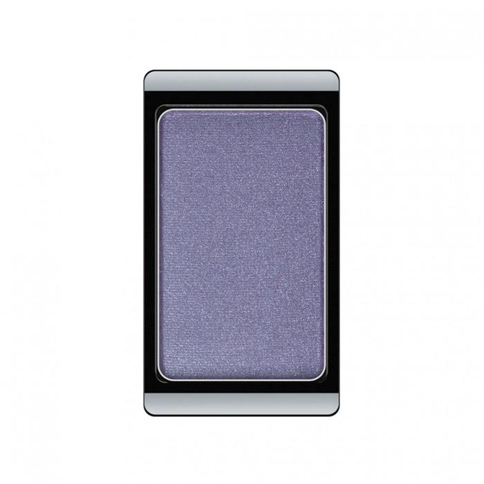 Artdeco Тени для век, перламутровые, 1 цвет, тон №84, 0,8 г30.84Перламутровые тени для век Artdeco придадут вашему взгляду выразительную глубину. Их отличает высокая стойкость и невероятно легкое нанесение. Это профессиональный продукт для несравненного результата! Упаковка на магнитах позволяет комбинировать тени по вашему выбору в элегантные коробочки. Тени Artdeco дарят возможность почувствовать себя своим собственным художником по макияжу! Характеристики: Вес: 0,8 г. Тон: №84. Производитель: Германия. Артикул: 30.84. Товар сертифицирован.