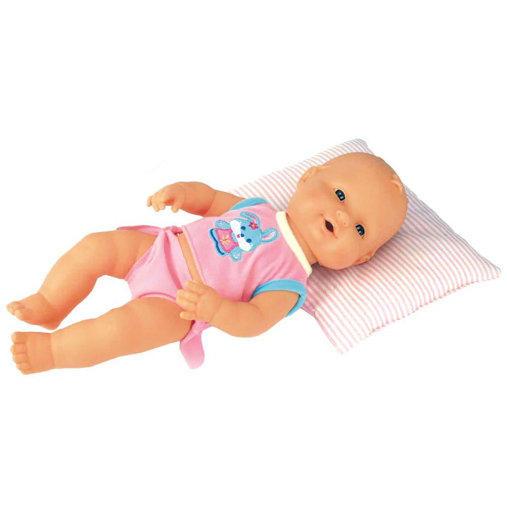 Кукла-пупс Falca, озвученная, 35 см43209Кукла-пупс Falca приведет в восторг вашу малышку и доставит ей много удовольствия от часов, посвященных игре с ней. Кукла выглядит как настоящий малыш. Она одета в розовую футболку с зайчиком и трусики. Пупс с подвижной головой выполнен из высококачественного полимера. Такая кукла, непременно, станет одной из любимых игрушек вашей малышки, потому что при нажатии на животик она умеет издавать звуки, как настоящий ребенок! Игра с куклой разовьет в вашей малышке чувство ответственности и заботы. Порадуйте свою принцессу таким великолепным подарком!