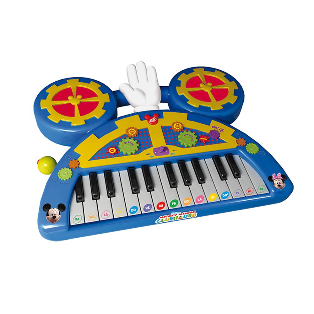 Пианино 180147 Mickey Mouse с батарейками в коробке180147Включает в себя 8 разделов: запись и воспроизведение, функция предварительно записанных популярных мелодий, 6 инструментальных звуков, 6 ритмов и ударных звуков. В наборе к пианино прилагается 4 карточки с нотами, в которых указано в какой последовательности следует нажимать клавиши, что бы получить определённую мелодию. На клавишах есть дополнительное обозначениев виде цветных стикеров, которые помогут ребёнку ориентироваться и выполнять задания из карточек.